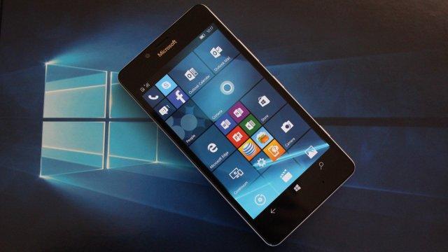 Microsoft больше не будет поддерживать Windows 10 Mobile Version 1511