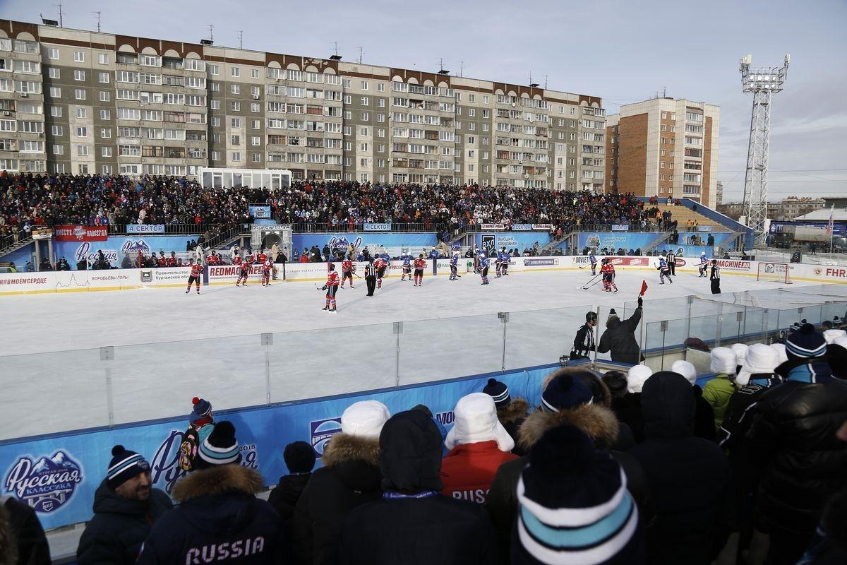 В Кургане наградили победителей хоккейного турнира «Русская классика»