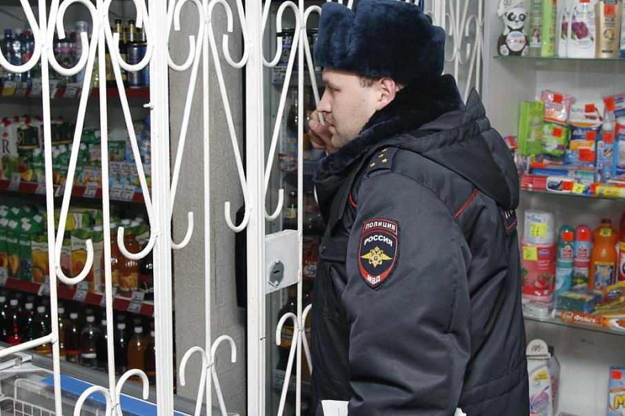 Житель Шатрово помог полиции задержать разбойника