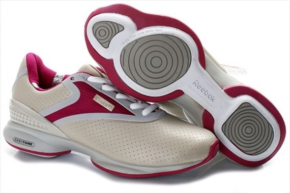 Оригинальные кроссовки для бегунов от Reebok