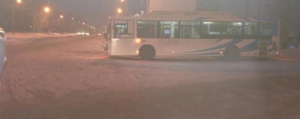 В Нижнекамске пенсионерка сломала бедро при падении в автобусе