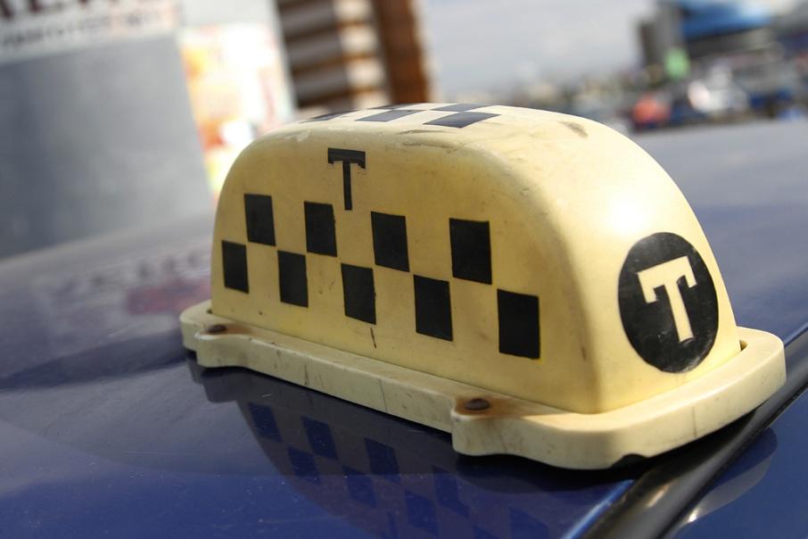 Челябинское такси сможет возить пассажиров в Курганскую область