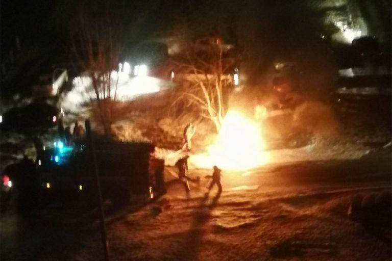 В центре Кургана сгорел «Патриот»