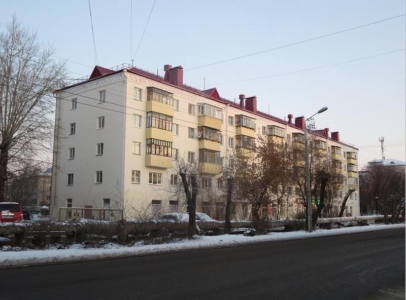 Исполнительные зауральцы сдали 1,3 миллиарда рублей на капитальный ремонт домов