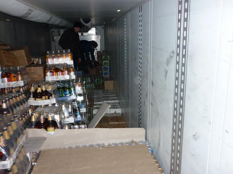 В Звериноголовском районе полицейские изъяли почти тысячу литров алкоголя