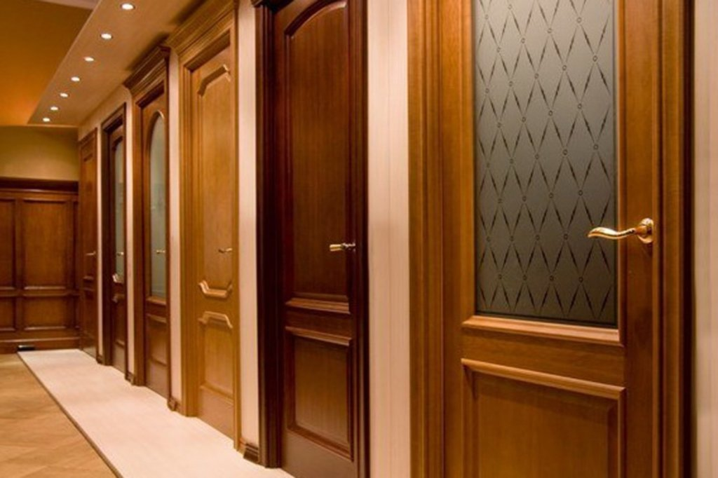 Большой выбор дизайнерских дверей