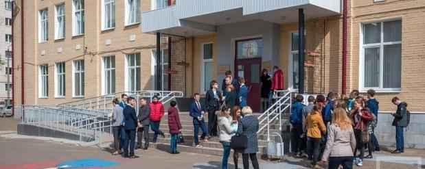 В Нижнекамске четвероклассник терроризирует школу и домогается одноклассниц
