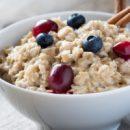 Овсяная каша на завтрак вредна для организма, заявляют ученые