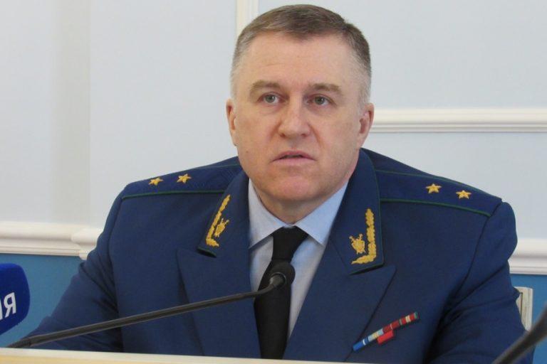 Прокурор Игорь Ткачев рассказал об опасных сельских клубах и нарушениях в торговых центрах Зауралья