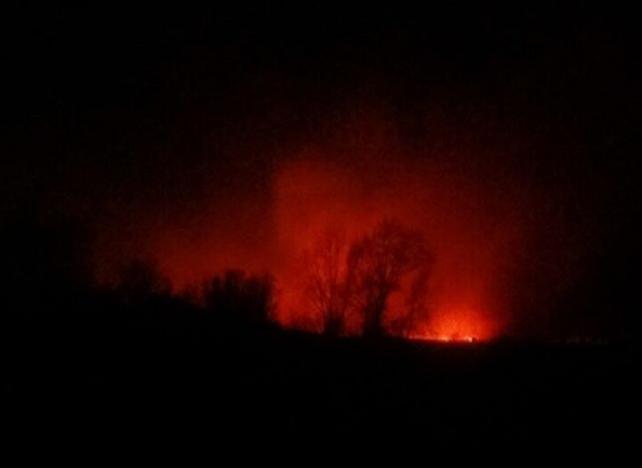 Огонь стеной: рядом с зауральской деревней Притчино разыгрался природный пожар