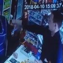 Курганцу, облившего зеленкой продавца магазина, грозит штраф максимум в 500 рублей