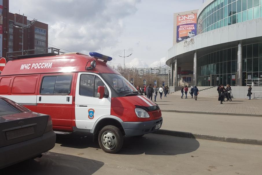 ТЦ «Пушкинский» эвакуировали, чтобы проверить, все ли нарушения устранены