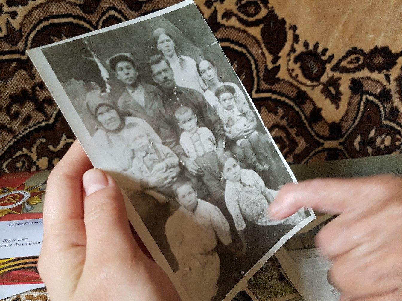 «Идём колосовать, а нам — вытряхни»: труженица тыла о том, как жила во время войны