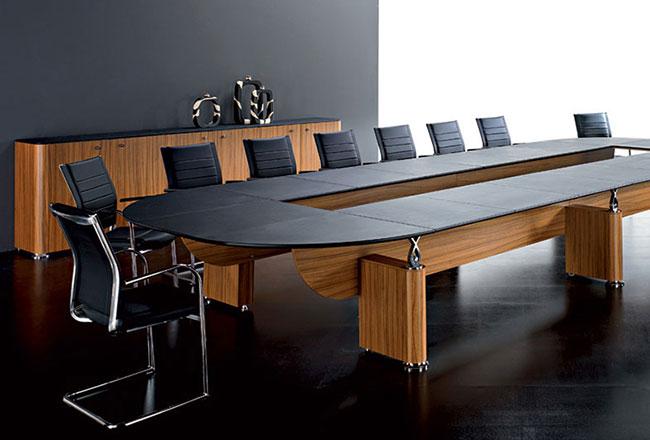 Качественные и стильные столы для переговоров