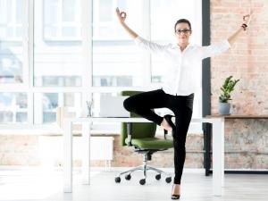 Ученые: во время работы очень полезна легкая гимнастика