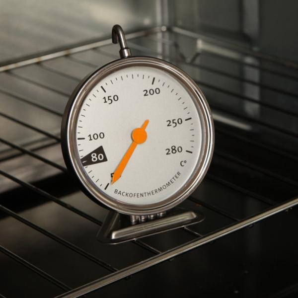 Градусник для духовки – прибор «маст-хэв»