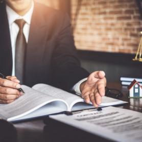 Профессиональная помощь юриста — перечень услуг, которые вам предоставят в компании «Флагман»